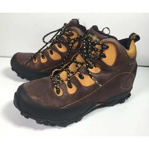 Patagonia Women's Leather Lace Up Hiking Boots 9